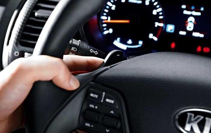 При переключении передач машина дергается: МКПП, автоматика