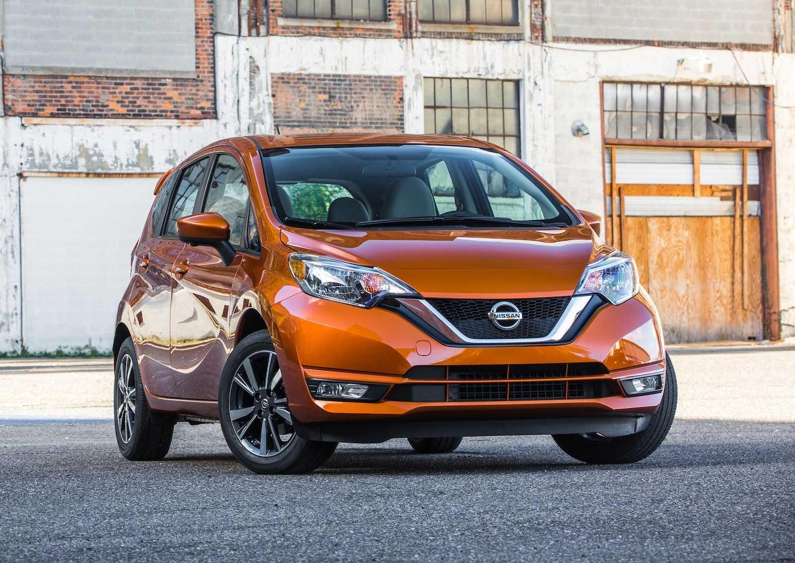 Nissan Note (2013-2016) E12 цена, технические характеристики, фото, видео тест-драйв