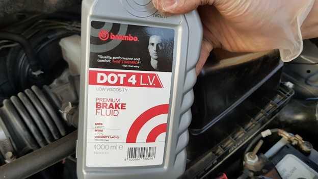Цены на замену тормозной жидкости Nissan X-Trail T30/T31/T32 в Юнион Моторс