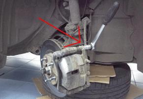 Замена тормозных колодок (дисков) Кашкай: передние, задние, ручника